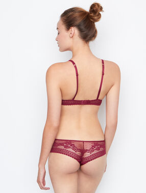 Shorty dentelle bordeaux grenat.