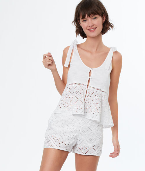 Short broderie anglaise