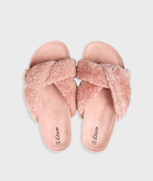Chaussons ouverts
