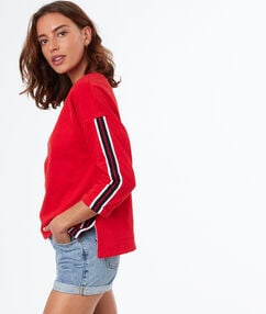 Sweat col rond rouge.