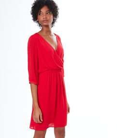 Robe fluide rouge.