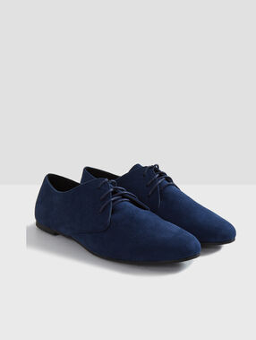 Derbies bleu roi.