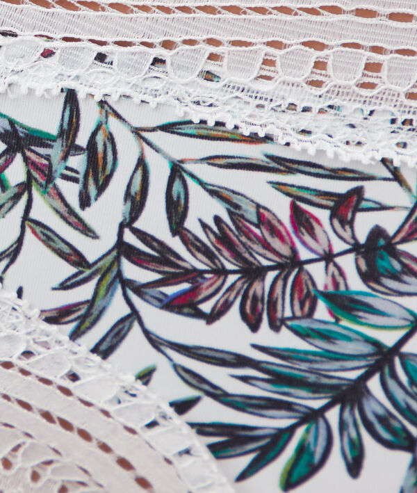 Tanga imprimé, bords dentelle
