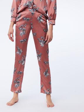 Pantalon de pyjama imprimé zèbres rose.