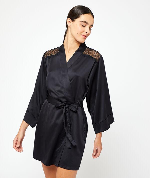 Kimono satiné épaules et dos dentelle