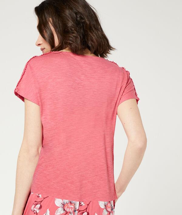 T-shirt détails guipure;${refinementColor}