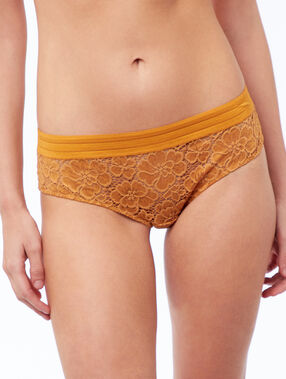 Shorty en dentelle, bande sporty bouton d'or.