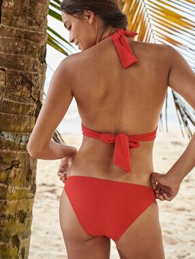 Bas de bikini simple rouge.