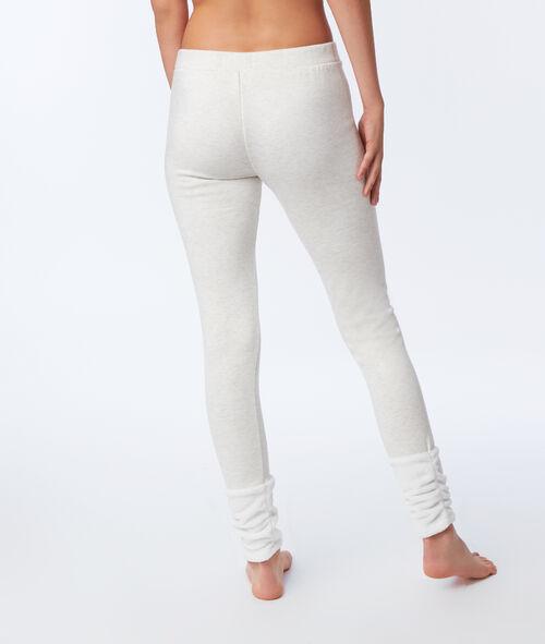 Pantalon avec détails fausse fourrure