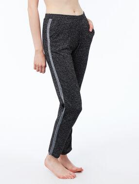Pantalon chiné bande contrastante gris.