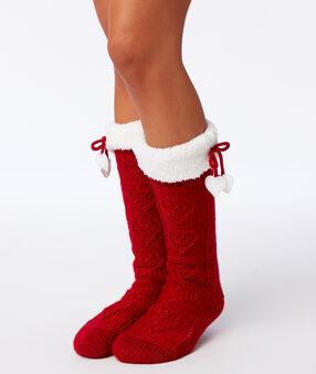 Chaussettes d'intérieur fourrées rouge.