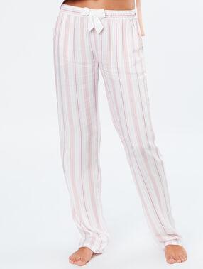Pantalon rayé rose.