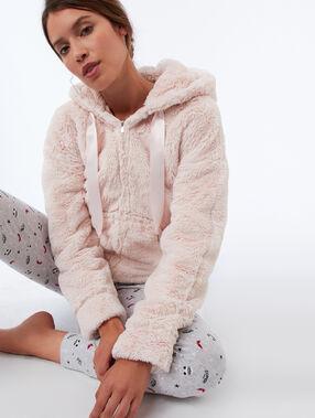 Veste homewear en fausse fourrure rose.