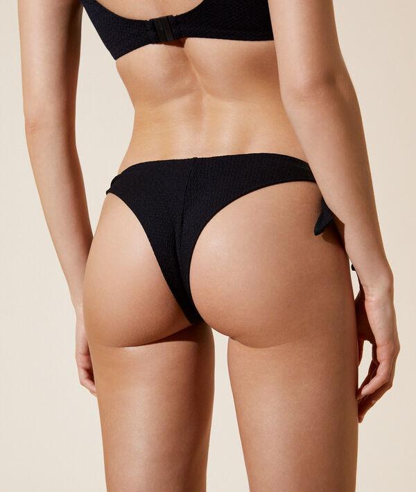 Bas de bikini brésilien à nouettes;${refinementColor}