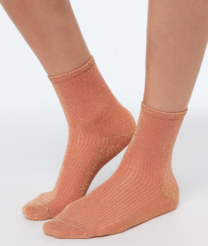 Chaussettes courtes métallisées corail.
