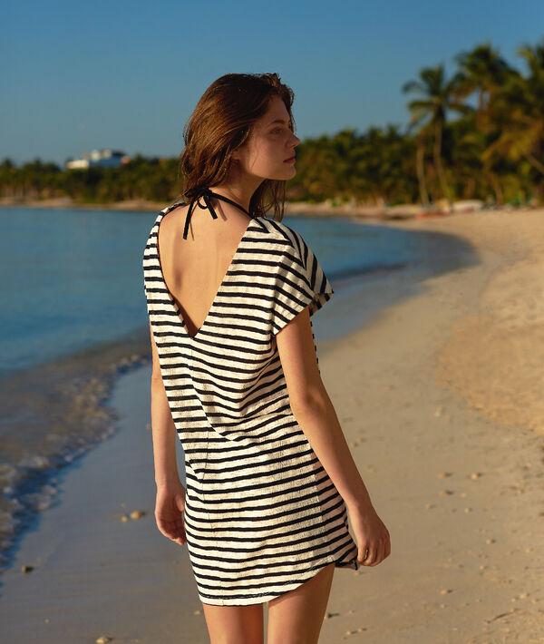Tunique de plage rayée, détails œillets