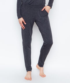 Pantalon coupe classique anthracite.