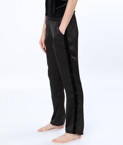 Pantalon satin bande velours noir.