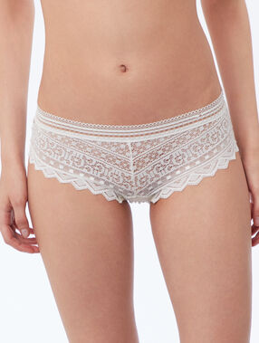 Shorty en dentelle perle.