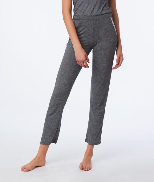 Pyjama 2 pièces détails dentelle