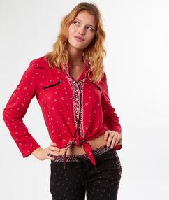Chemise de pyjama imprimé bandana à nouer rouge.