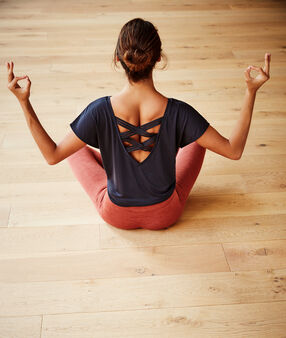 "T-shirt ""yoga therapy"" anthracite."