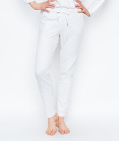 Pantalon coupe classique ecru.