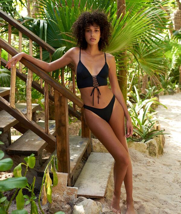 Bas de bikini simple, high leg