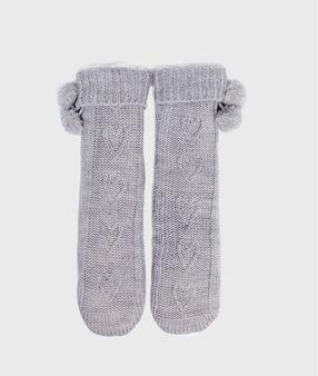 Chaussettes de maison en maille torsadée gris.