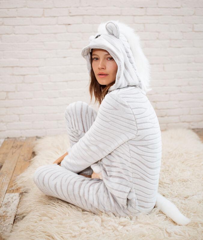 Combinaison pyjama zèbre gris.