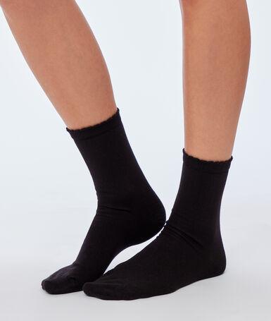 2 paires de chaussettes noir.