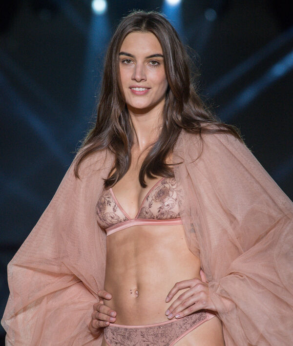 Soutien-gorge triangle à broderies roses