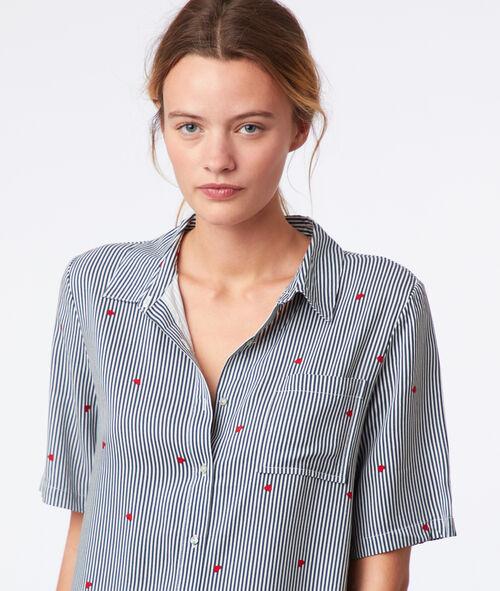 Chemise de nuit rayée à motifs cœur