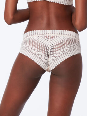 Shorty en dentelle blush.