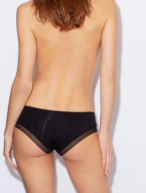 Culotte modal doux, bord dentelle noir.