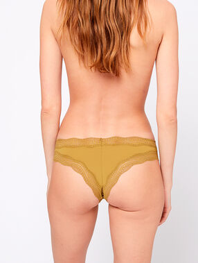 Tanga bords dentelle kaki.
