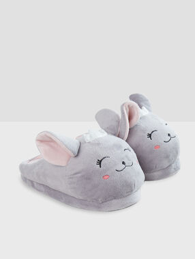 Chaussons lapins gris.