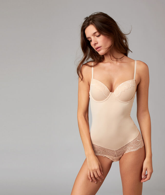 Body sculptant - niveau 3 : silhouette remodelée nude.