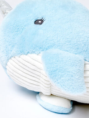 Range-pyjama narval bleu ciel.
