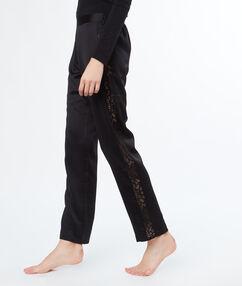 Pantalon satin dentelle cotés noir.
