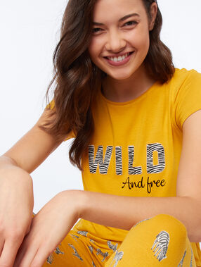 """T-shirt """"wild and free"""" ocre."""