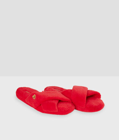 Chaussons ouverts doudou rouge.
