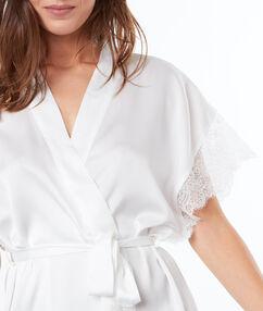 Kimono déshabillé satin dentelle blanc.