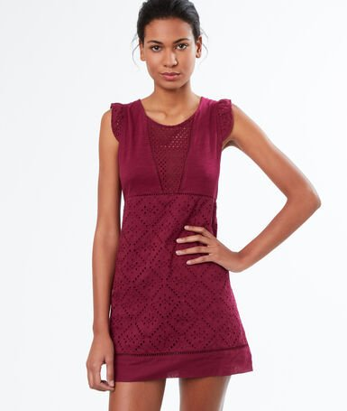 Nuisette broderie anglaise bordeaux.