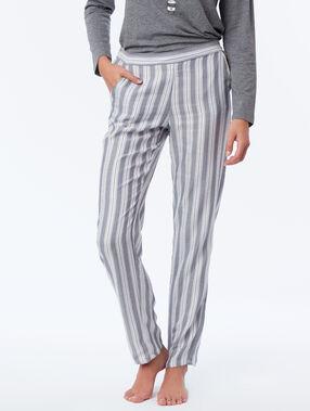 Pantalon de pyjama à rayures gris.