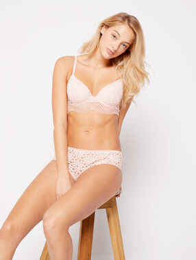 Soutien-gorge n°4 - ampliforme light en dentelle matérielle, basque vague blush.