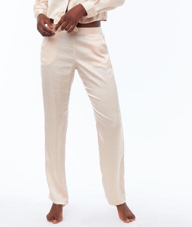 Pantalon satin rose poudre.