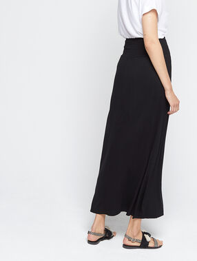 Jupe longue à taille smockée noir.