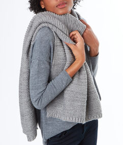 Écharpe à fibres métallisées gris chine clair.