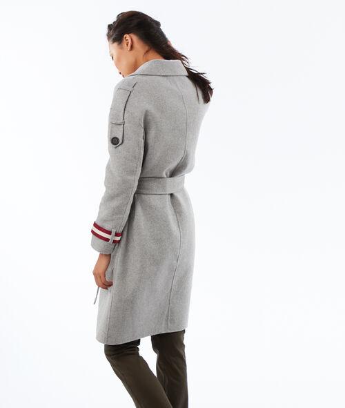 Manteau long ceinturé